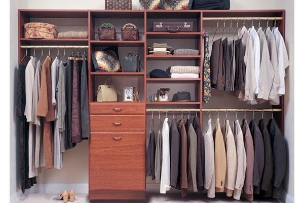 good ideas to organize your closet mylovinghome. Black Bedroom Furniture Sets. Home Design Ideas